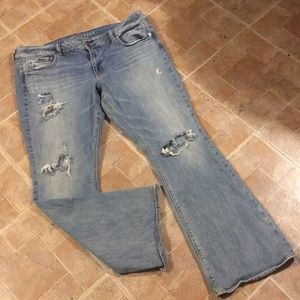American Eagle distressed artist jeans size 18